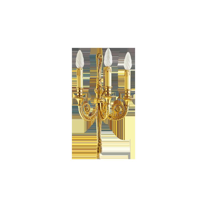 Lucien Gau Louis XVI vergoldete Bronze Wandlampe mit drei Lichtern 16643
